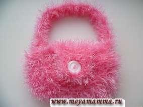 Вязаная детская сумочка спицами для девочек
