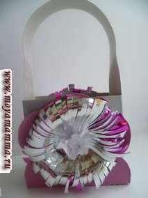 Сумка из бумаги с объемным цветком