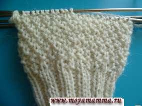 Вязание простого узора для детской варежки
