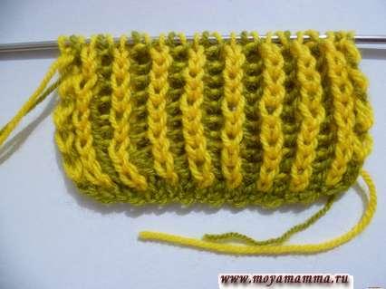 Двухцветная двухсторонняя патентная резинка спицами для шарфа