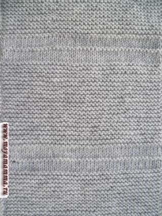 Платочный узор для вязания шарфа с урядами лицевой гладью