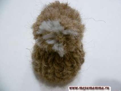 Помпон для вязаной шапочки