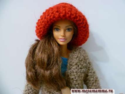 Вязана на спицах шляпка для куклы