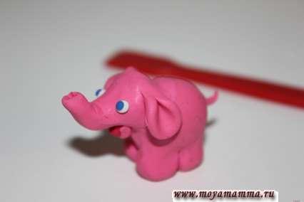 делаем хвостик для слона