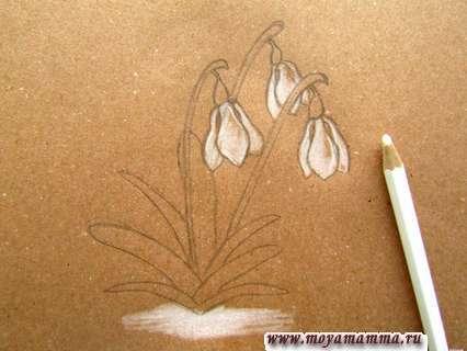 используем на такой бумаге карандаш белого цвета