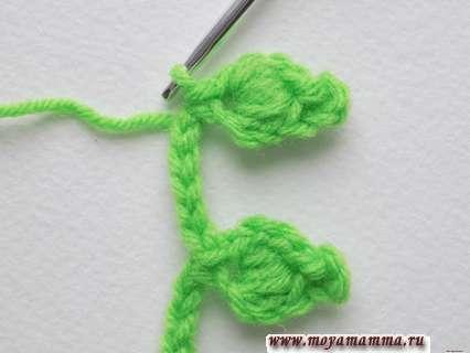 Вяжем листочек крючком