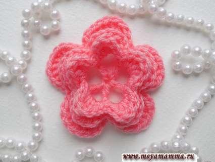 Трехярусный цветок крючком