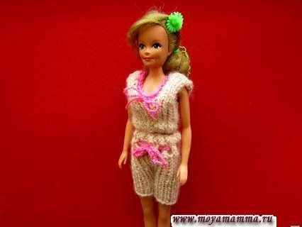 Вязаные шорты и майка на спицах для куклы Барби