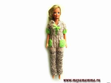 Комбинезон для куклы Барби спицами