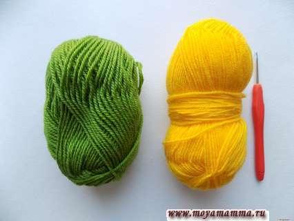 пряжа желтого и зеленого цвета