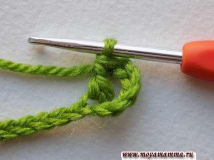 столбик с накидом в шестую петлю от крючка
