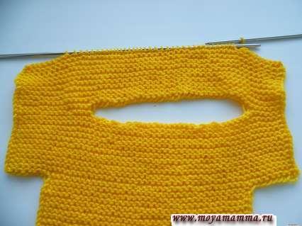 Вязание комбинезона на спицах