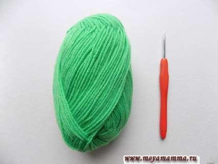 пряжа зеленого цвета