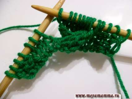 вязание петель со вспомогательной спицы