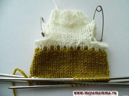 Вязание свитера оливковой пряжей в длину