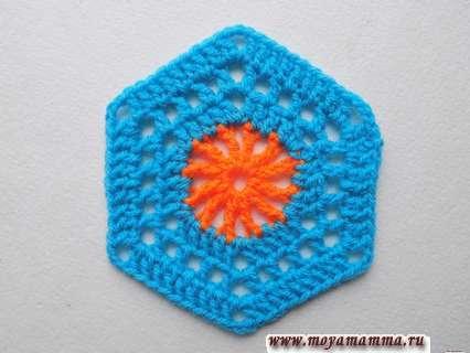 шестиугольный мотив крючком