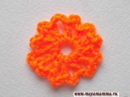 вязание оранжевой пряжи завершаем
