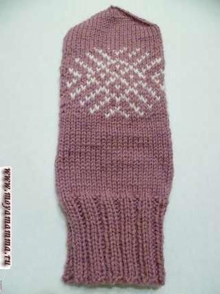Женские рукавички спицами