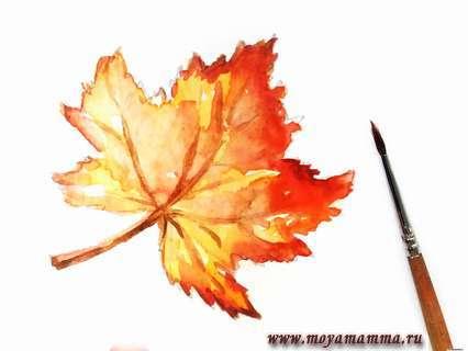 Наносим новый цвет на веточку и прожилки