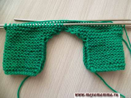 продолжение вязания комбинезона на пяти спицах