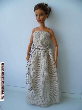 вязаное бальное платье для барби на двух спицах