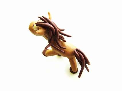 прикрепление гривы и хвоста лошадки