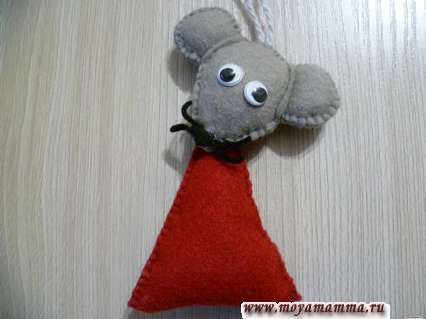 мышка из фетра на елку