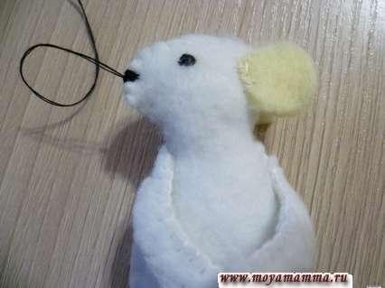Сувенир мышка своими руками - Вышивание носика