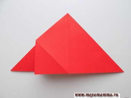 Как сделать ракету оригами. Отворачивание правой стороны влево