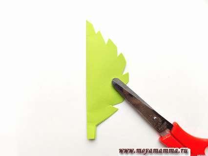 Как сделать цветок из бумажной салфетки. Контур половины листка