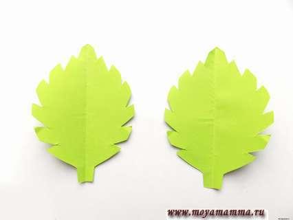 Как сделать цветок из бумажной салфетки. Зеленые листочки