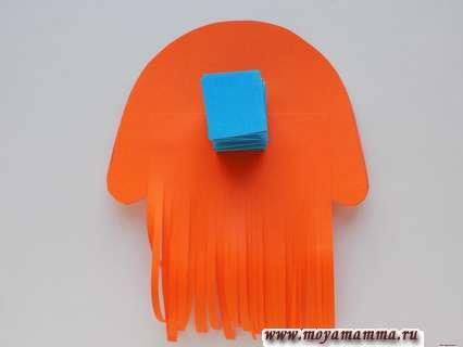 Приклеивание крепления к медузе