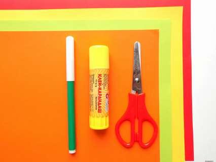 Бумага, ножницы, клеевой карандаш