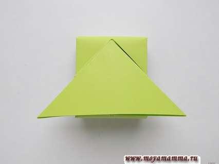 Танк из бумаги с пошаговой инструкцией. Заправление треугольников