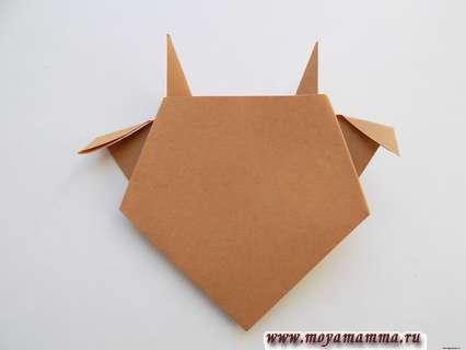 Бычок оригами. Загибание уголков ушей