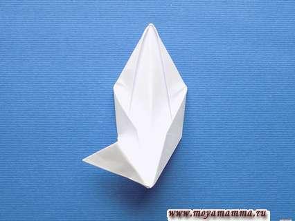 Снежинка оригами. Деталь снежинки.