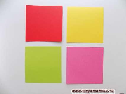 4 квадрата разного цвета