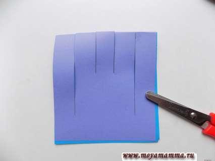 Большая снежинка из бумаги. Разрезание по намеченным линиям