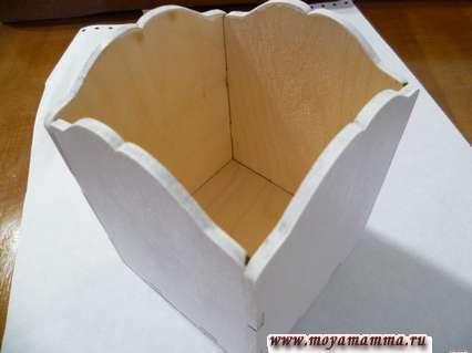 Грунтование деревянной коробки