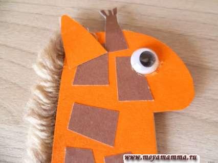 Голова жирафа с другой стороны