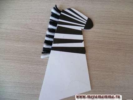 Склеивание двух сторон заготовки для шеи с головой