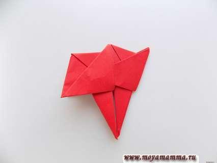 Леденец из бумаги. Соединение заготовок красного цвета.