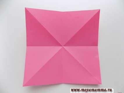 Розовый квадрат для мороженого