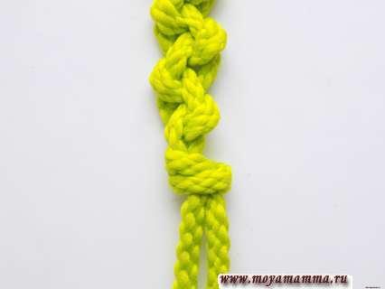 Оба шнура связываем вместе общим узлом.