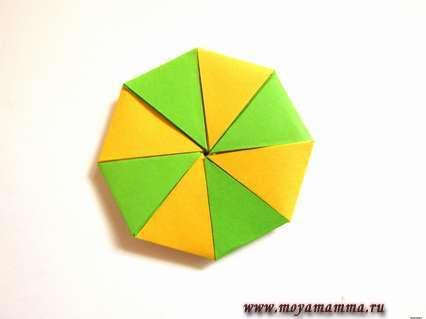 Разноцветный кружок для леденца.