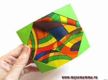 Рамка для фото оригами. Вставляем в уголки рисунок или фото.