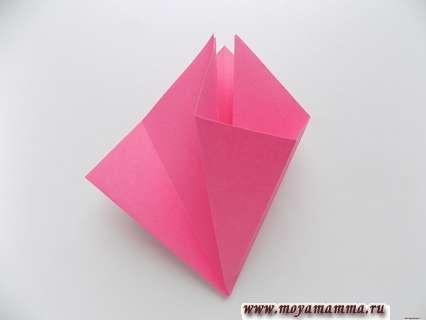 Объемное мороженое из бумаги. Расправление загнутых сторон