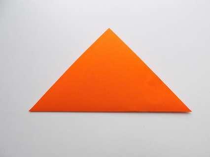 Складывание квадрата в треугольник.