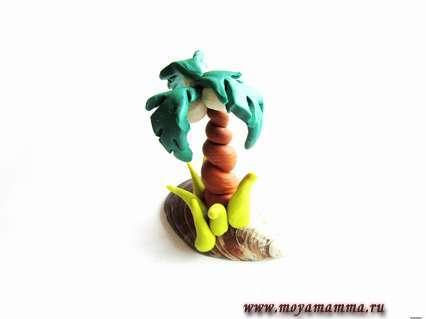 пальма из пластилина