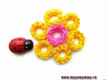 цветок крючком для начинающих
